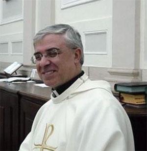 Auguri a Mons. Luigi Renna